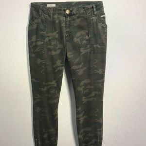 Kut from the Kloth Camo skinny jeans. NWOT